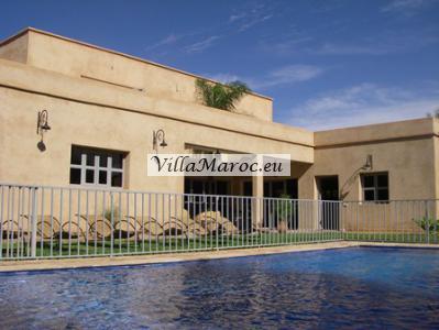 Zeer ruime nieuwe villa in Berberstijl met zwembad