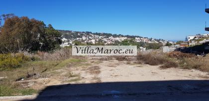 Lot terrain pour villa 680 m2  بقعة أرض بين لبناء فيلا